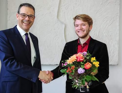 Chemnitzer Regieassistent Nils Braun erhält Stipendium der Deutschen Bank Stiftung